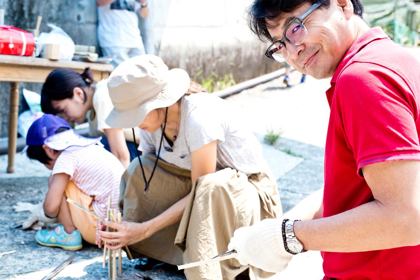 大川村イベント皆勤賞を継続しているえんがわ社・割石さん。この笑み、満足いくものができたのでしょうか(笑)。