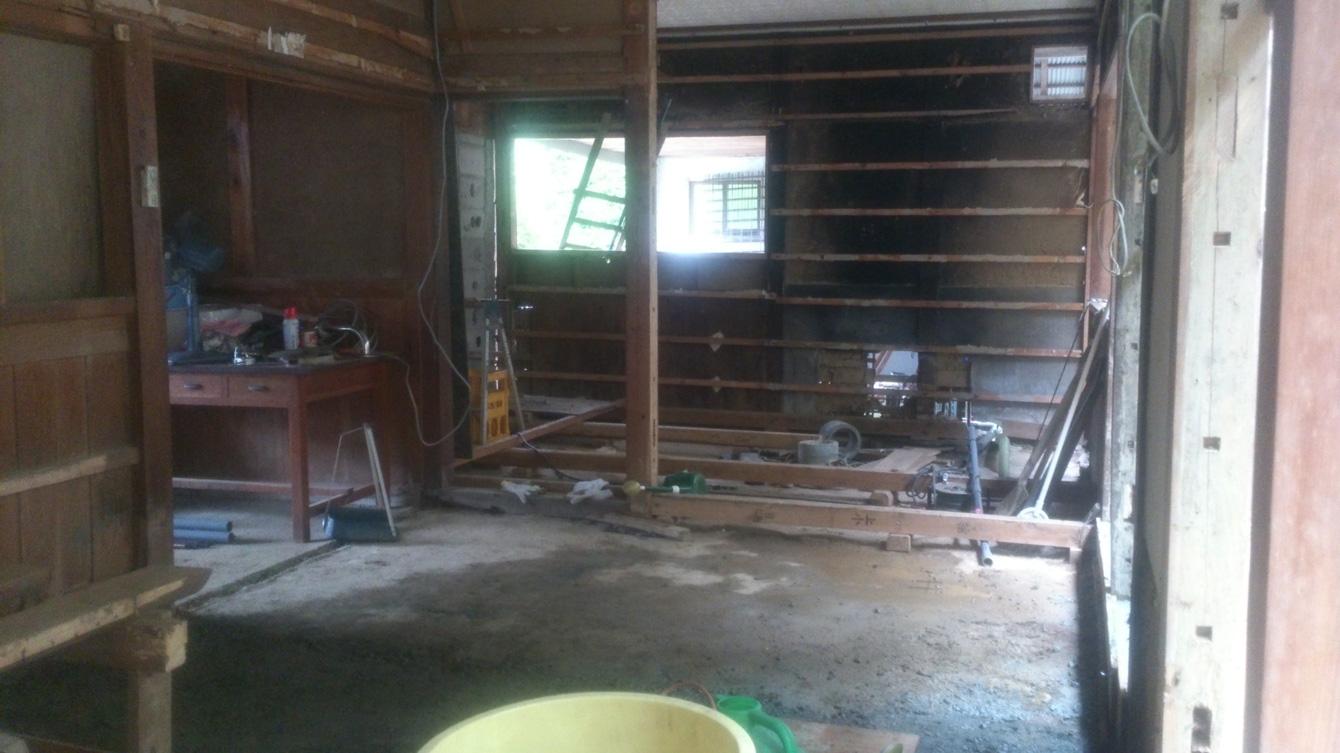 解体後。のちにキッチンとなるスペース。