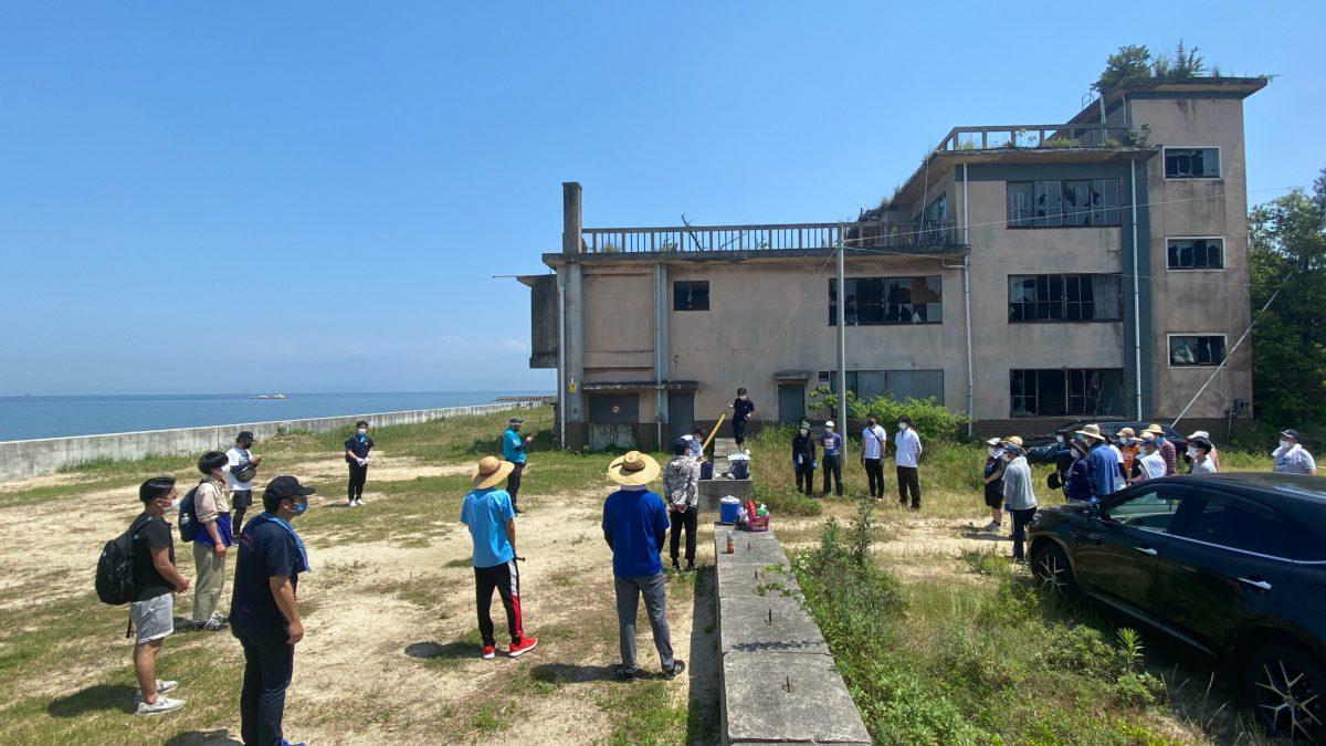 地域を巻き込むビーチクリーン活動 −28歳の新たな出会いと学び−